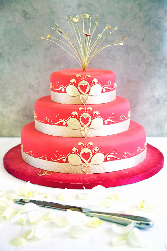 Gold & Pink Wedding Cake_edited