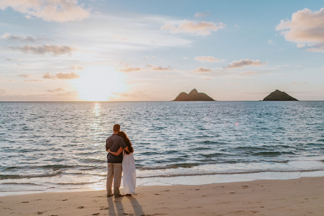 Hawaii Couples Photographer Lanikai Beac