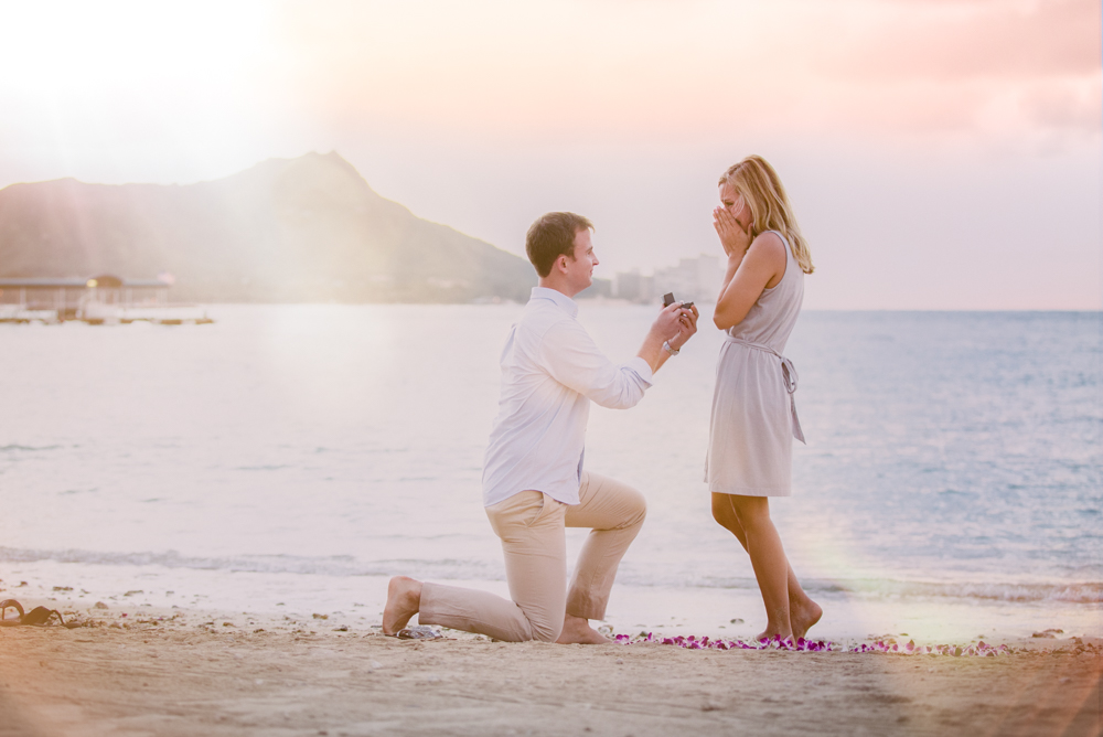 Waikiki Beach Proposal - Engagement Photography - Jenna Lee Pictueres - Maggie + Vernon-51-Edit