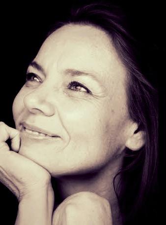 Michèle Renoul, piano & percussion