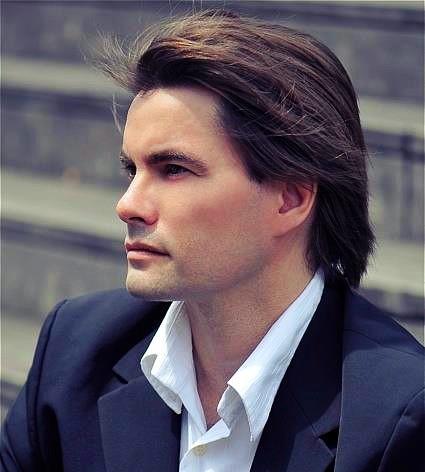 Nicolas Horvath, piano