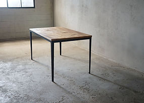 枯白 細脚テーブル トチの木