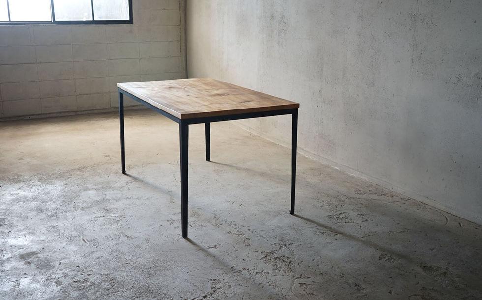 枯白 テーブル