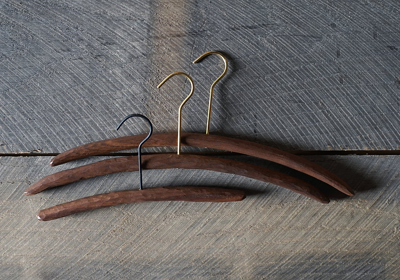 スティックハンガー 手彫り ウォールナット