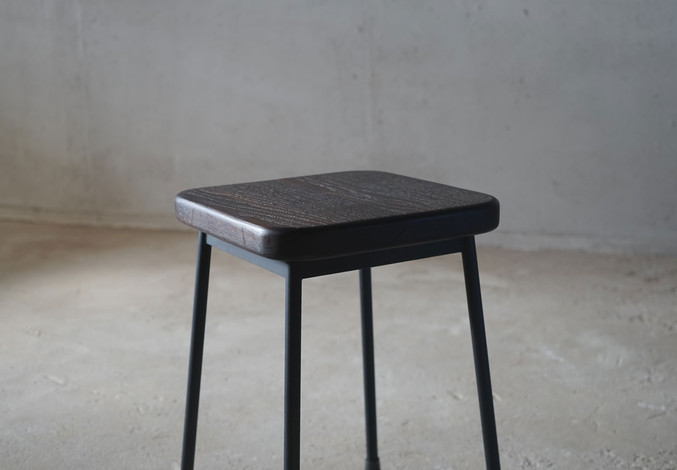 ブラックオーク角椅子4.jpg