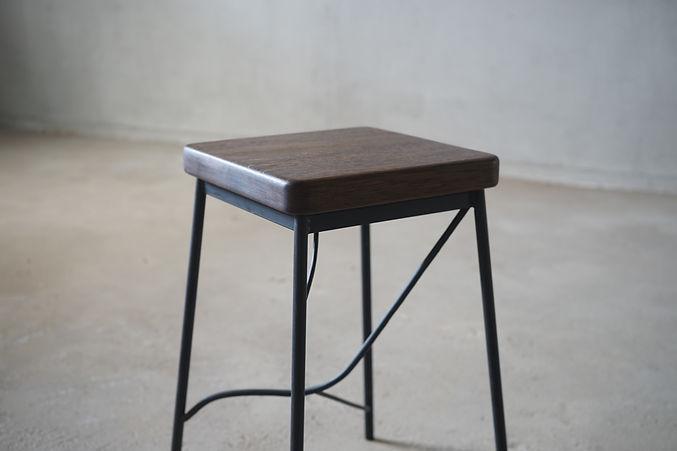 枝脚角椅子2.jpg