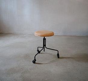 丸椅子1.jpg