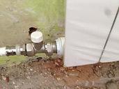 Установка крана отопления с подводкой труб