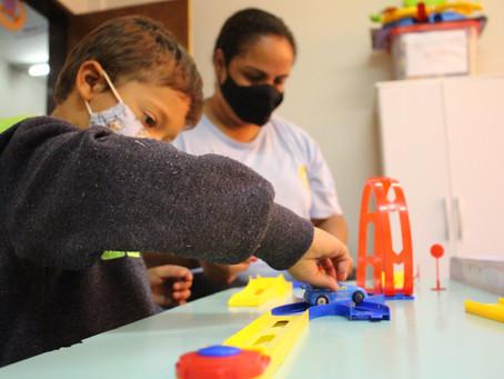 Helena Antipoff oferece estimulação sensorial para pessoas com deficiência