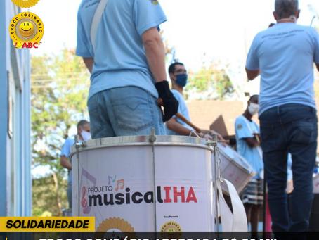 Troco Solidário arrecada R$ 56 mil para manter projeto musical
