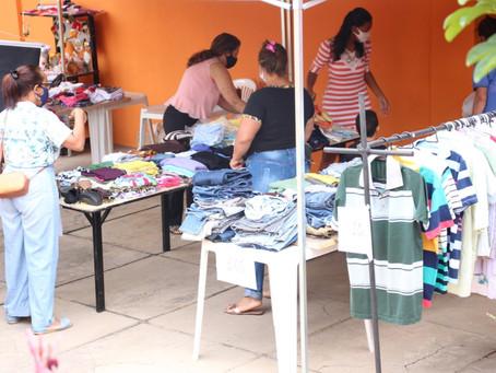 Bazar Solidário vende 1,2 mil peças para ajudar pessoas com deficiência