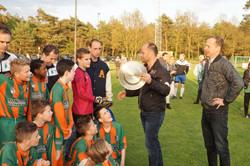 2017 mei9 D1 Resia-Oostrum 3-3 Kampioen  (20)