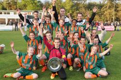 2017 mei9 D1 Resia-Oostrum 3-3 Kampioen  (22)