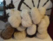 Vuonue valmistaa käsinkehrättylankaa