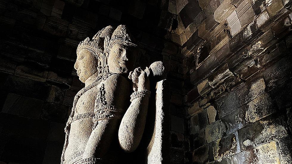 brahma statue.jpg