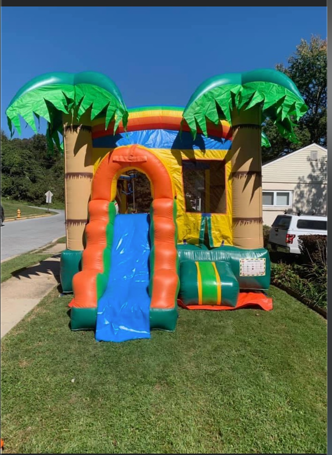 Tropical with one Waterslide