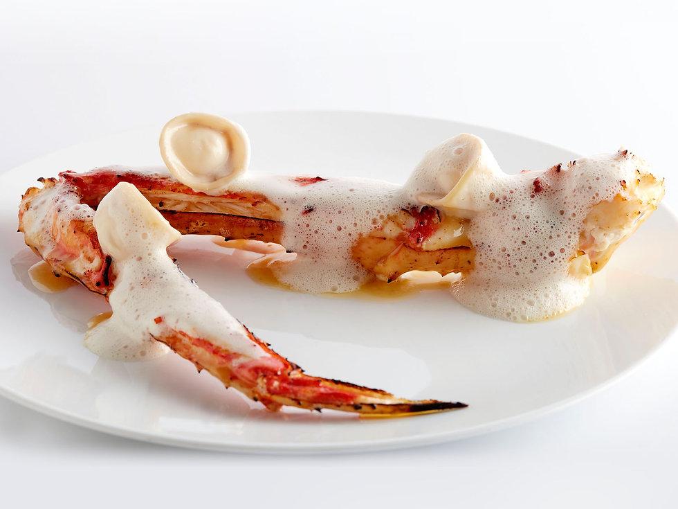 Smoked Alaskan king crab, bonbon Comté