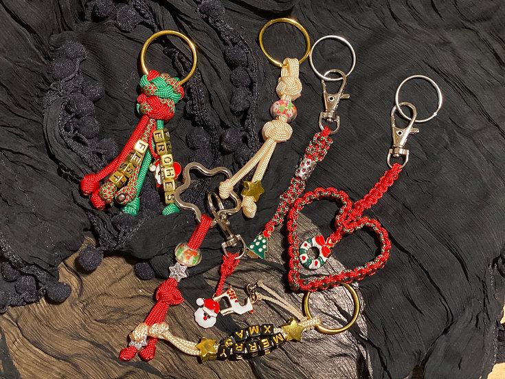 Schlüsselanhänger und Taschenbaumler