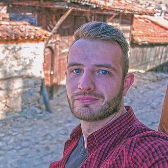 Mehmet profile.jpeg