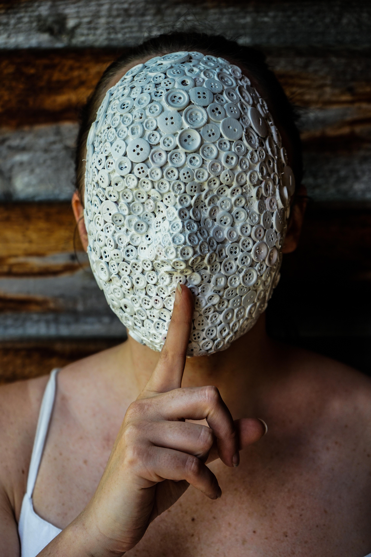 whitemask8