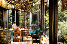 Singita-Sweni-Lodge-Dining-5.jpg