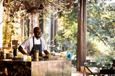 Singita-Sweni-Lodge-Bar.jpg