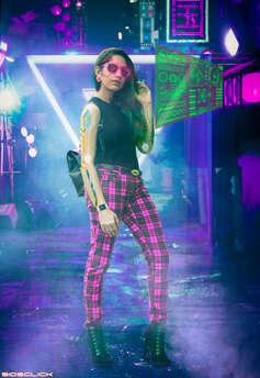 Aleena Neon-1.jpg