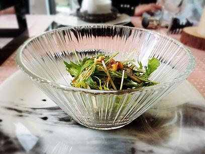 桜テーブルコーディネート, オーガニック, 水菜サラダ