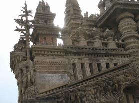 Hauterives - L'histoire du Palais Idéal de Ferdinand Cheval