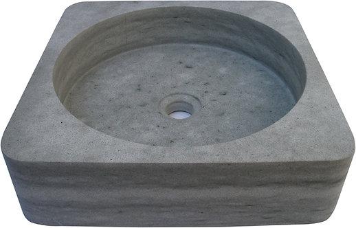 AQM011