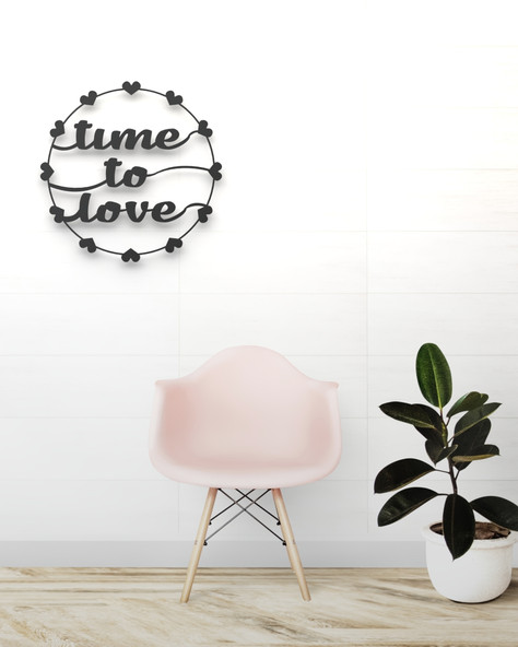 TIME TO LOVE.