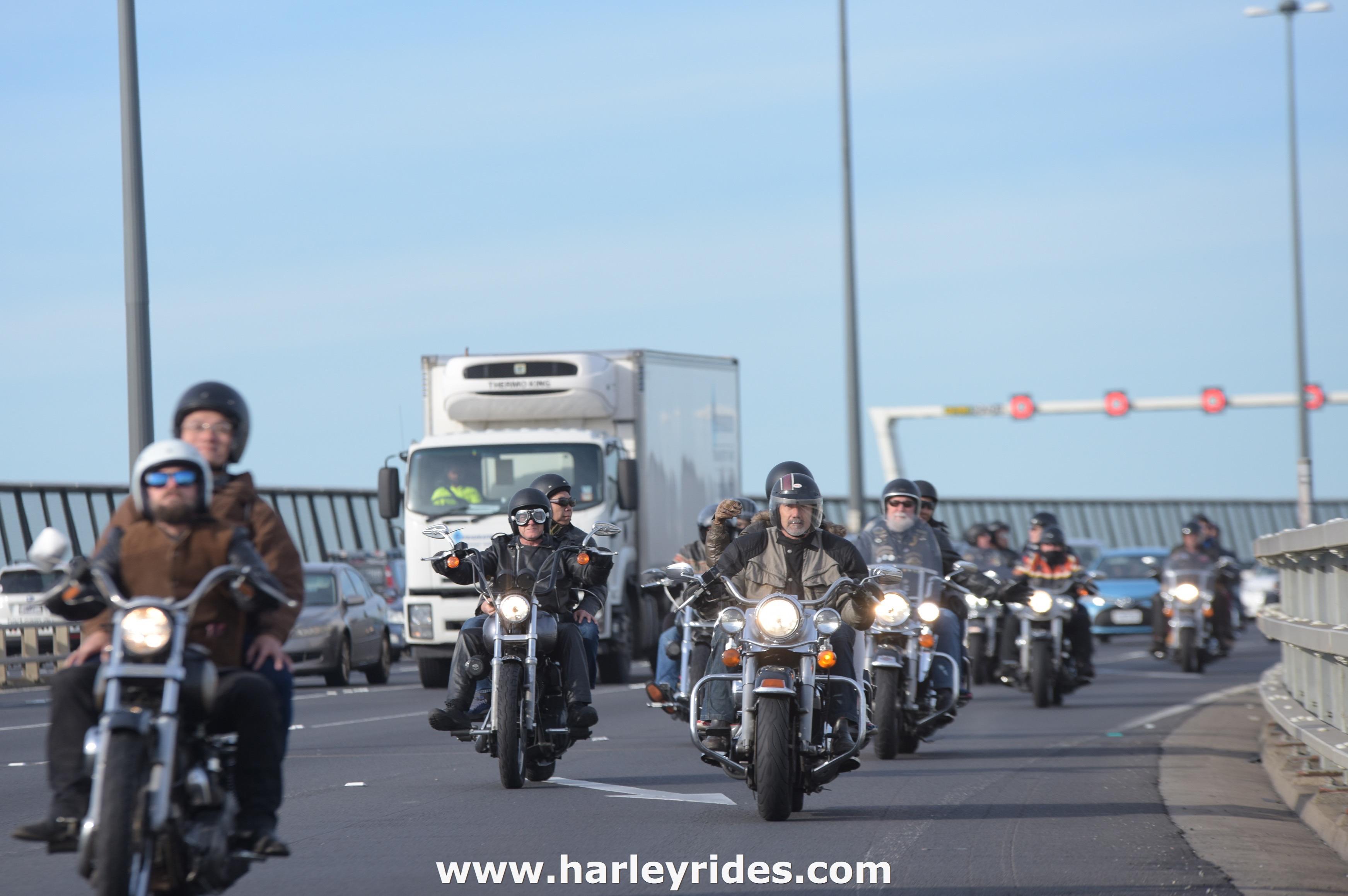 HarleyDavidsonGroupRide (39).jpg