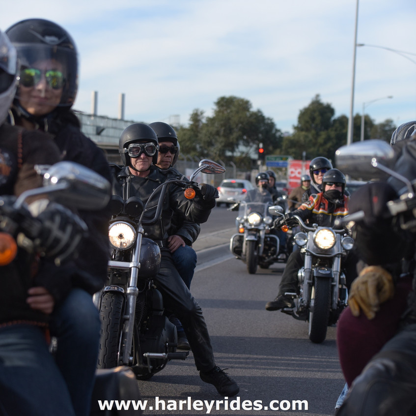HarleyDavidsonGroupRide (11)