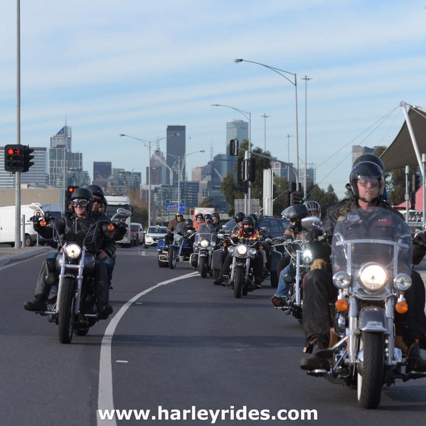 HarleyDavidsonGroupRide (13)