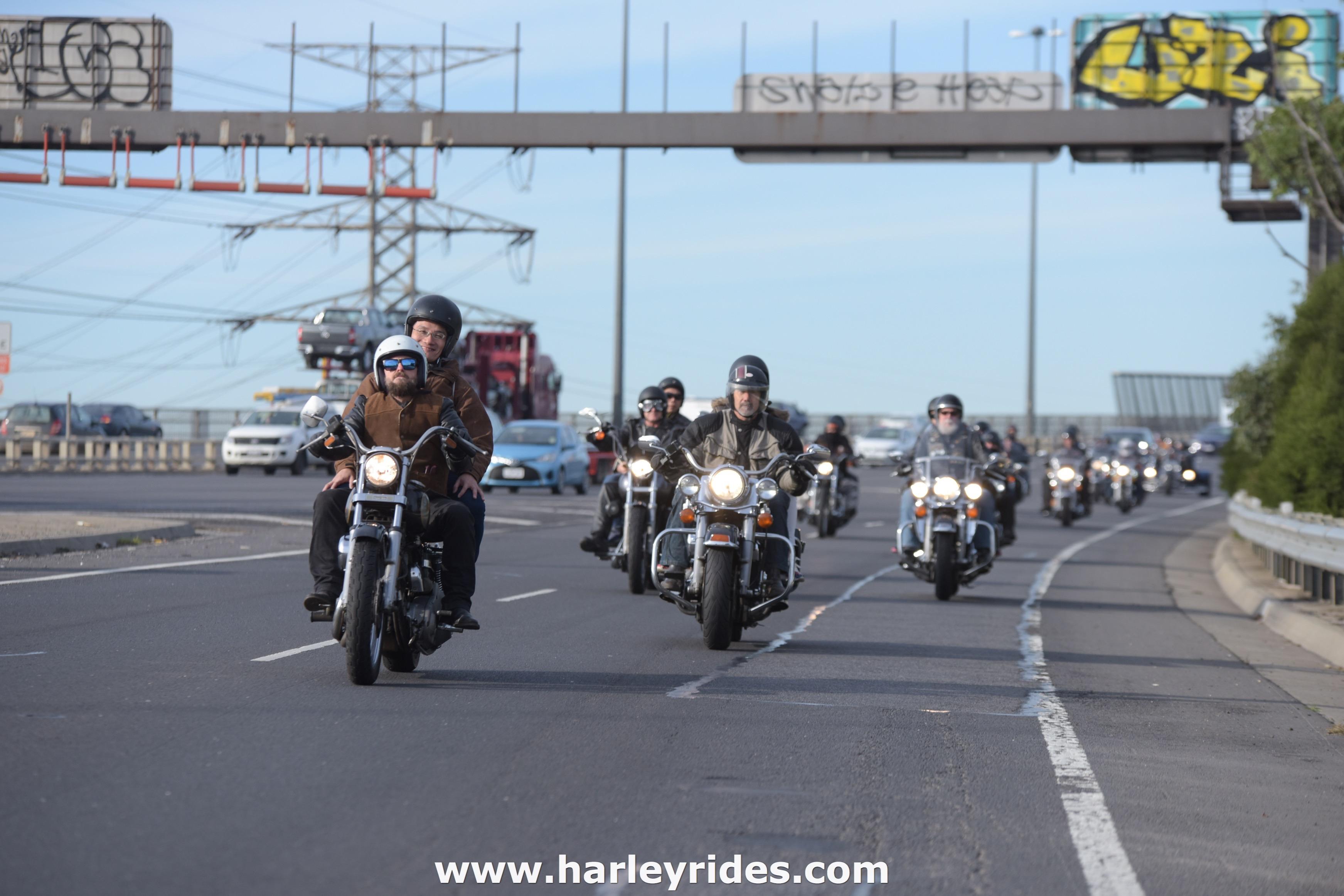 HarleyDavidsonGroupRide (37).jpg