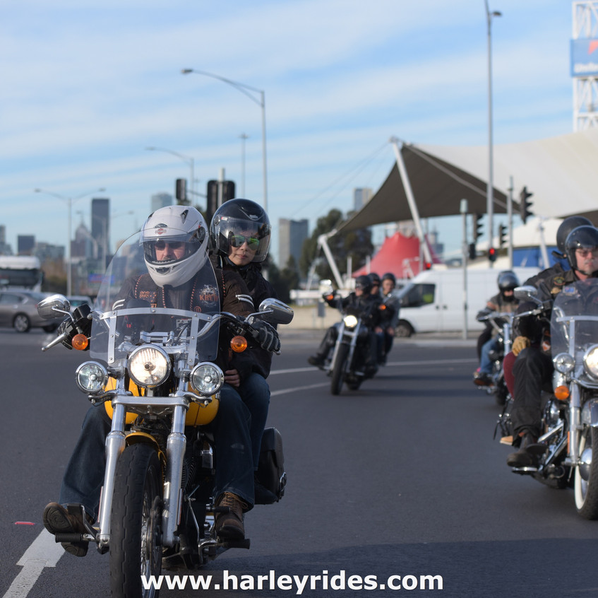 HarleyDavidsonGroupRide (14)