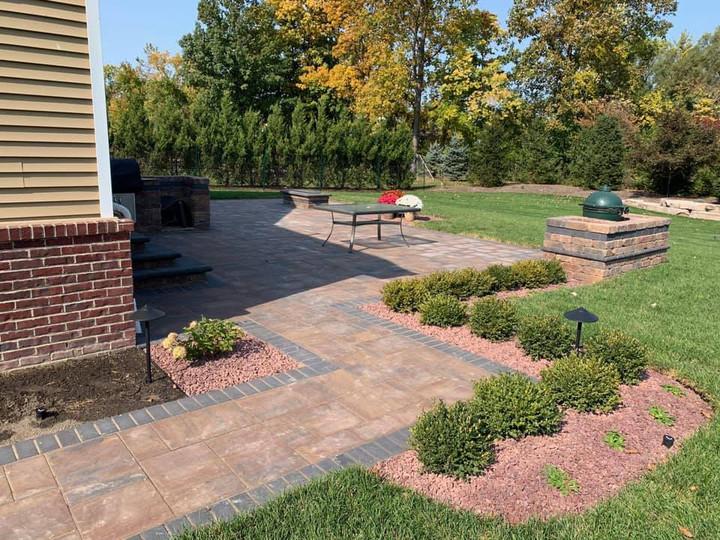 Landscaping, lawn fertilization Dearborn MI