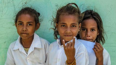 2010 Timon Leste schoolgirls