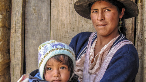 2012 Bolivia woman and child
