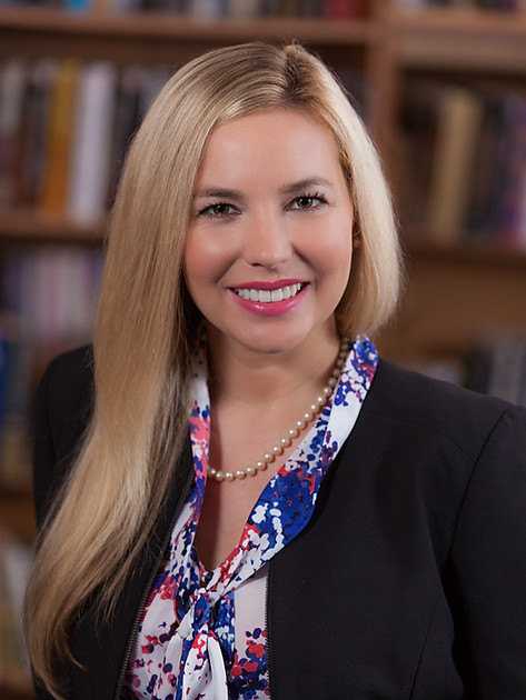 Fiannce Advisor Executive Portrait
