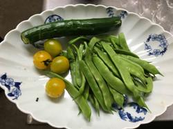 お野菜は地元のものを中心に