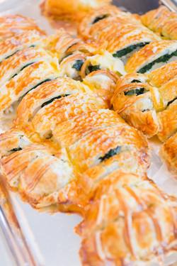 相模湾鱸のパイ包み焼き ブールブランソース
