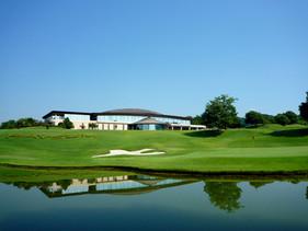 ゴルフ場クラブハウス
