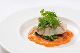 トマトソースと真鯛をポアレ.jpg
