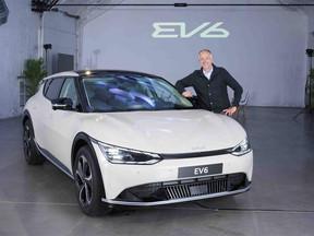 """Albert Bosch: """"El coche eléctrico es la punta de lanza hacia un universo de energía limpia"""""""