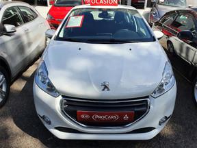 Peugeot 208 1.6 -120 CV 7.800 €