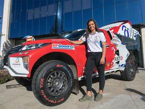El  Cristina Gutiérrez con el  Mitsubishi Eclipse Cross apunta al top 25 en el Dakar peruano