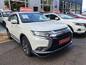 Mitsubishi Outlander Automático 17.900* Euros