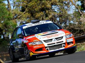 Domingo Ramos y José Batista suben por primera vez al podio del 'Isla de Gran Canaria' con Mitsubish