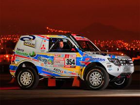 Todo listo para que Cristina Gutiérrez y su Mitsubishi Montero inicien el Dakar 2018